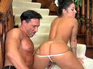 Marco Banderas brinca com a buceta e cu de linda