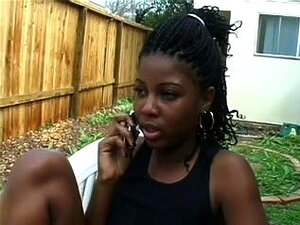 3 jovens lésbicas negras