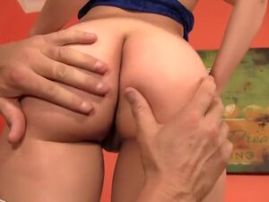 Charlee Monroe Has a Nice Juicy Ass For Banging,