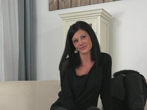 Hungarian amateur banged on casting couch,