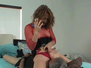 EliteSmothering Clip: Facesitting Fun, Lucy sits