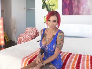 Emo MILF with big boobs Anna Bell Peaks loves anal