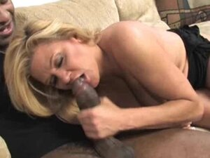Interracial Fucking For Blonde MILF