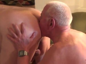 Crazy amateur gay video with Bareback scenes,