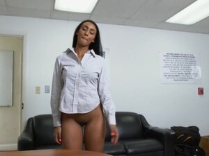 Arianna Knight in How to sexually harass your