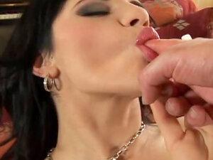 Sexy soft lips on fuck slut