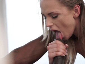 Erotic beauty cum mouthed