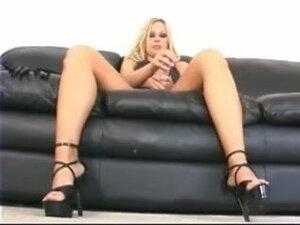 Mistress Samantha, At her Feet