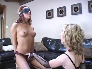Kinky slut fucked after blindfolded