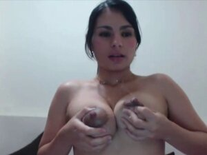 Hot milking latin with huge nipples