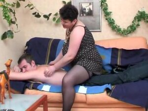 Fat Mature in Stockings Anal Sex,