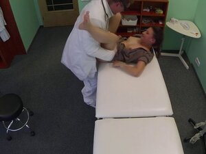 Czech babe drilled at medical checkup