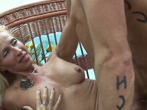 Rather horny milf Melissa Q wins fresh cock for