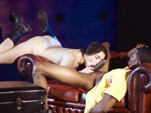 Valentina Nappi is sucking the huge black shaft -