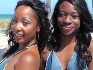 Two chocolate sweet horny girls July Jones and