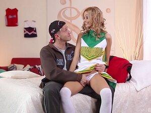 Hot ass Cheerleader sex holes pleasured with DP