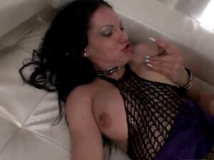 Busty dark hair chick sucking doggy two dongs