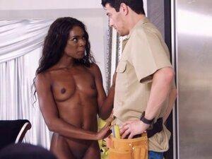 Ebony camgirl Ana Foxxx fucks a giant dick