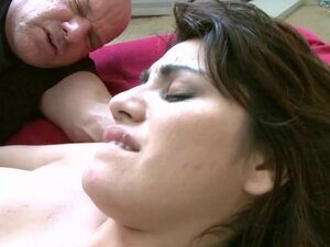 Doggy style drilling for sexy Edie Haze