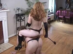 the mistress has fun