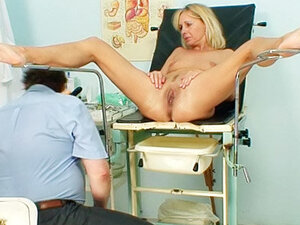 Speculum takes us inside mature pussy