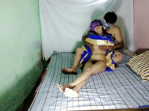 South Indian Bhabhi with big ass squirting hard