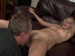 Blonde Mom Payton Leigh Rides Cock, This horny