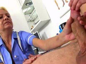 Skinny granny Vera big dick hospital handjob