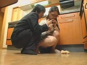Nerdy Japanese wife gets screwed on a quickie,