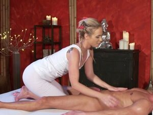 Cristal Caitlin & Johnny Black in Orgasmic foot