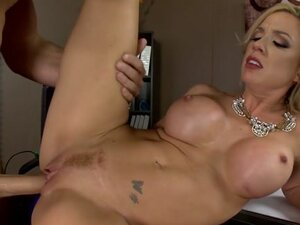 Parker Swayze & Sean Lawless in Expose Yourself To