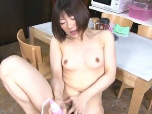 Cute Schoolgirl, Shiori Natsumi Is Learning About