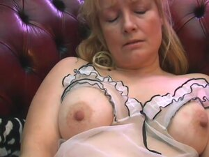 Video from AuntJudys: Cindy, Blonde Cindy pulls