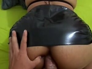 Spandex ass porn video with slut who loves anal