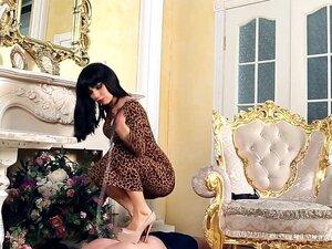 Mistress Gabriella Videos - Under-Feet, Mistress