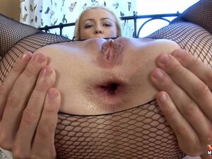 Stunning beauty anal sex in fishnets