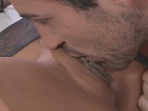 Small tits girlfriend Alexa Tomas moans during