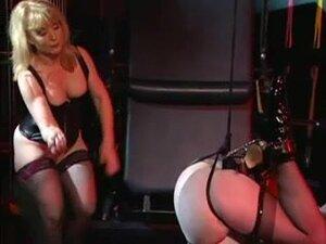Concupiscent femdom-goddess enjoying with her