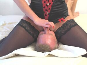 Amazing squirt on mouth
