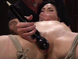 Dark haired slut pussy fucked in suspension