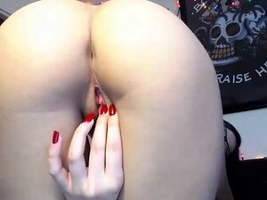 Chat with Ilikebigboys in a Live Adult Video Chat