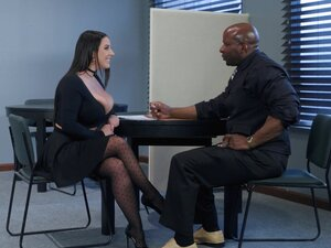 Angela White is a babe with gorgeous curves
