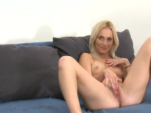 Babe playing with pussy on casting