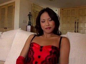 Horny pornstar Veronica Lynn in exotic fishnet,