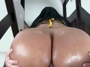 Huge Ass Colombian Beauty Riding Dick On Stairs