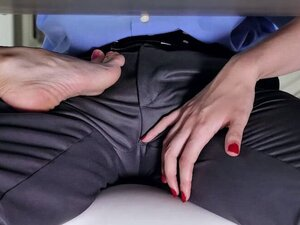 Hot MILF Dani Jensen bangs with dauthers