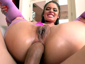 Vanessa Vega gets assfucked reverse cowgirl style