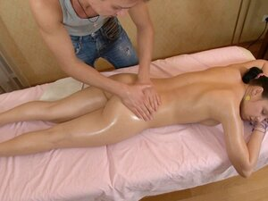 Love Tunnel massage makes her lose her mind, This
