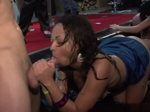 Hottest pornstars Melissa Ria, Aneta Head and