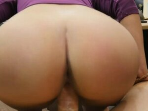 Sexy big tits woman nailed by pawn dude in his